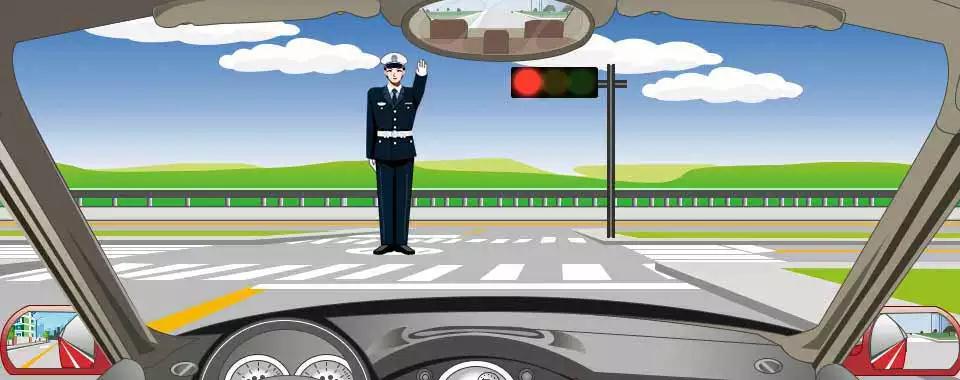 交通警察发出的是禁止通行手势信号。