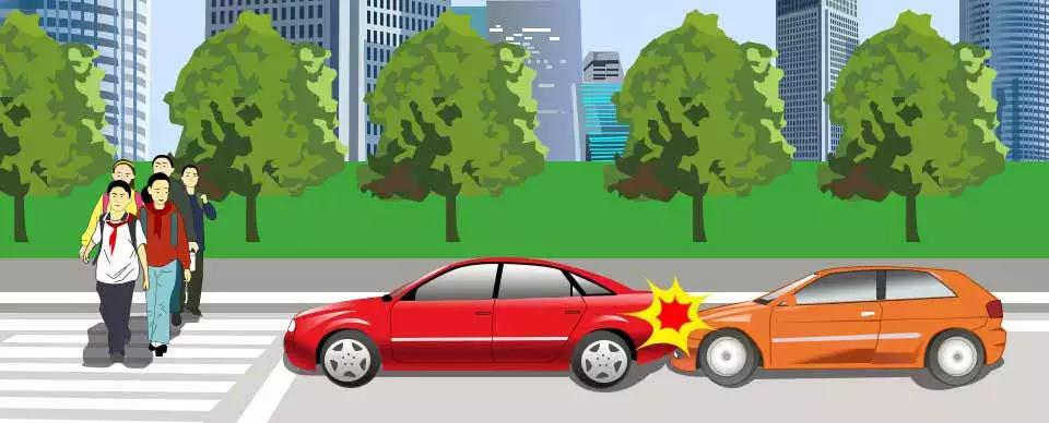 这两辆车发生追尾的主要原因是什么?